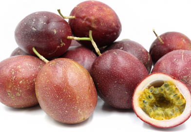 Exporter training North Rift farmers on passion fruit production