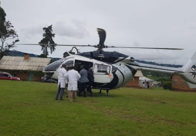 DP Ruto's Chopper airlifts medical personnel to hard reach areas of W.Pokot to attend to the survivors of landslides.