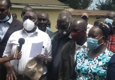 Nandi; Tea farmers reject clauses in the tea laws.